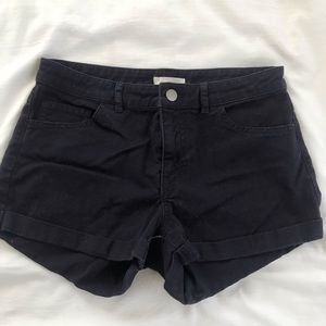 Navy H&M denim mid rise shorts. Size 4
